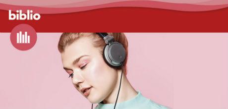 Tjej som lyssnar på e-ljudböcker